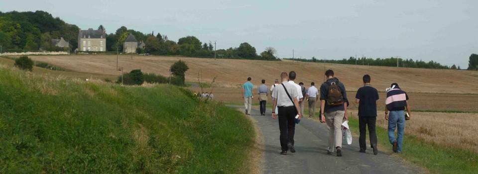 Marche vers la chapelle ND de Montplacé